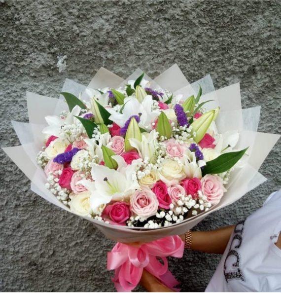 Toko Bunga di Pasar Minggu